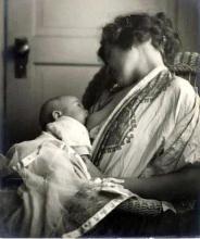 mother_breastfeeding_her_baby_by_louis_fleckenstein_c._1900